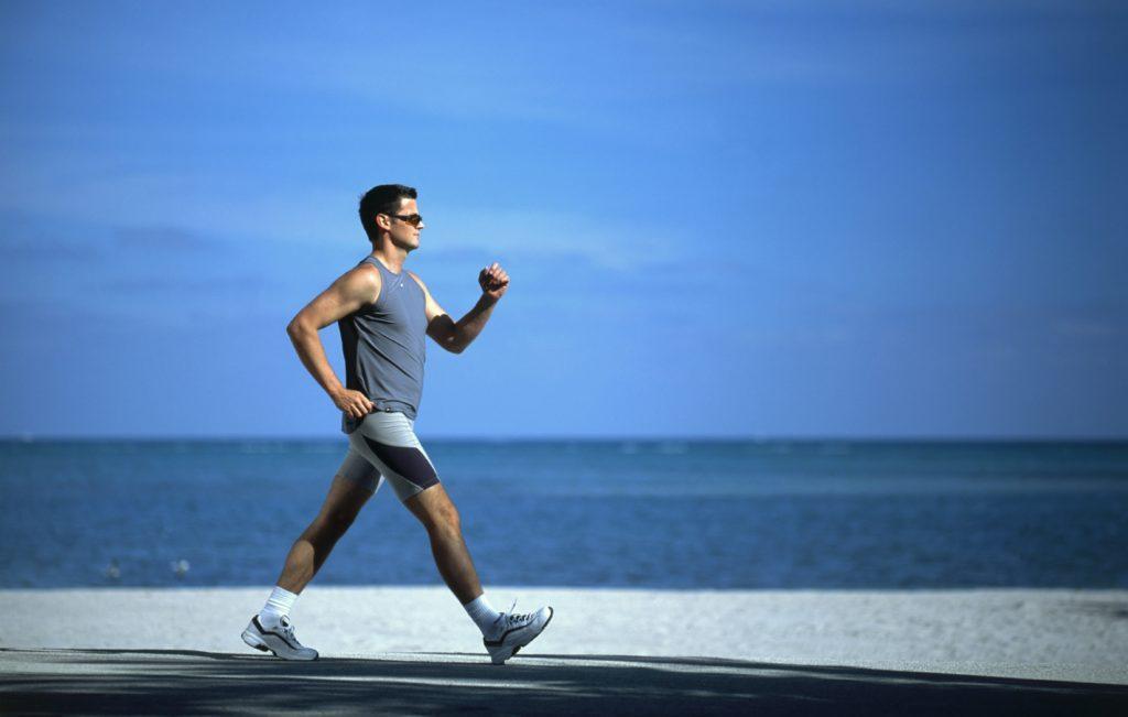 فقط 15 دقیقه پیاده روی چه مزایایی دارد؟